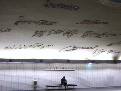la-station-de-metro--cluny-la-sorbonne_254399.jpg