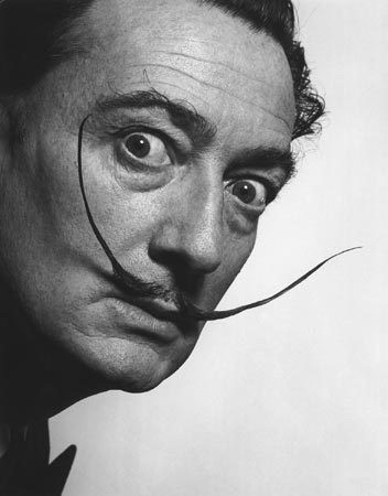 moustache,barbe,dali