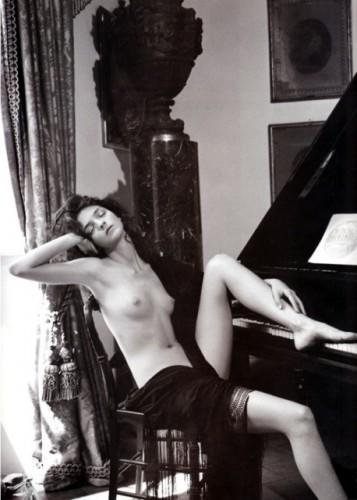 piano, femme, jambe