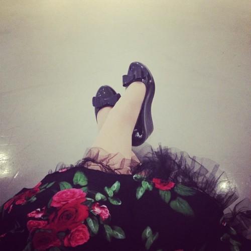 Sarah Auzureau, sous les jupes des filles