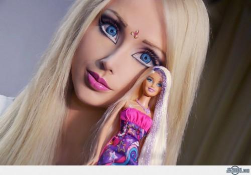 The-Human-Barbie-Valeria-Lukyanova-7-1024x716.jpg